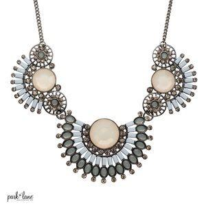 Marina necklace 🌊💙